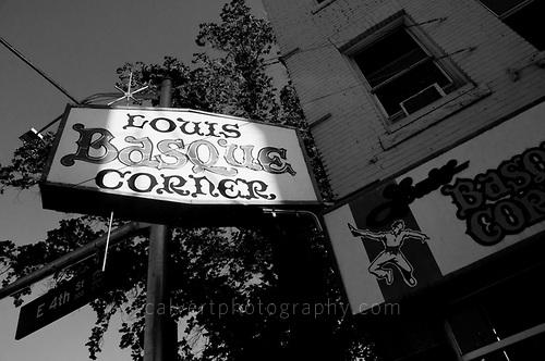 On egin! – Louis Basque Corner